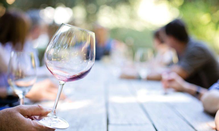 wineglass-553467_1920